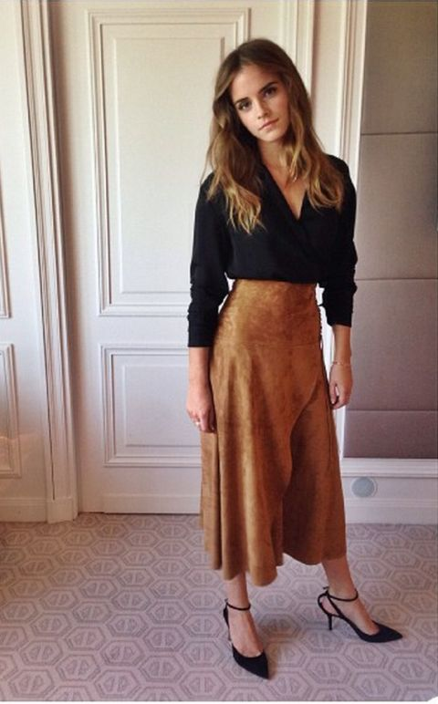 Sooo classy! Love the suede skirt, absolutely perfect for autumn.