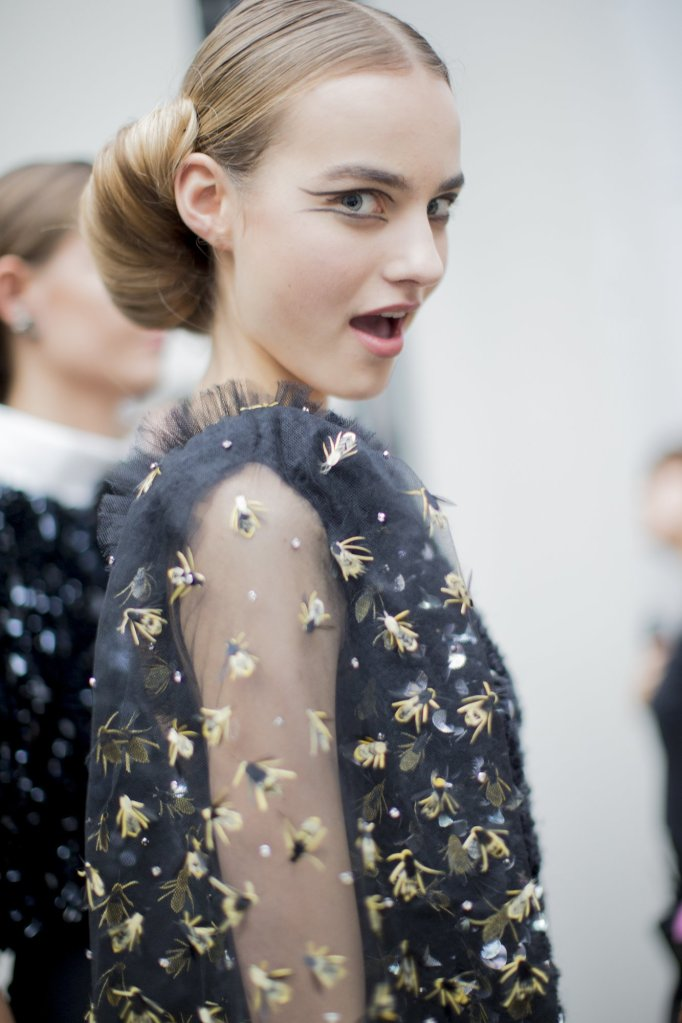 chanel-spring-2016-couture-backstage-kevin-tachman-15